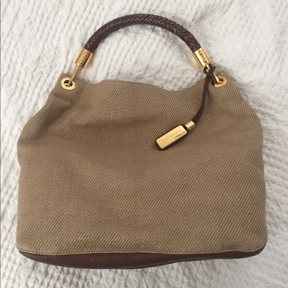 dc21c12dc7e6 Michael Kors Large Skorpios Handbag